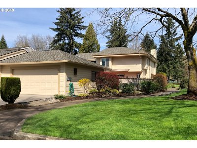 Wilsonville Single Family Home For Sale: 32100 SW Boones Bend Rd