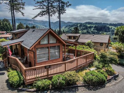 Brookings Single Family Home For Sale: 19921 Whaleshead Rd #I1