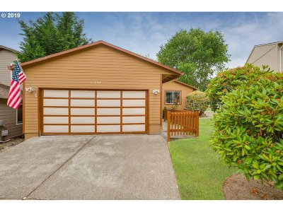 Clackamas Single Family Home For Sale: 13650 SE 116th Ct