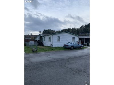 Sutherlin Single Family Home For Sale: 550 S State St, Space 181