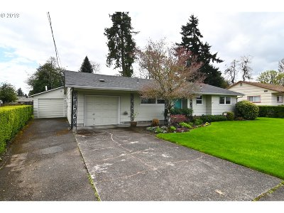 Eugene Single Family Home For Sale: 2936 Willakenzie Rd