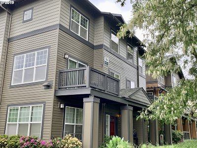Beaverton Condo/Townhouse For Sale: 1140 SW 170th Ave #100