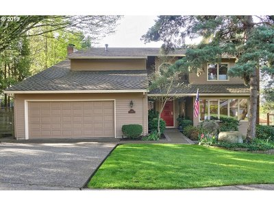 Lake Oswego Single Family Home For Sale: 4362 Glacier Lily St