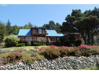 Gold Beach Single Family Home For Sale: 94692 Shelter Cove