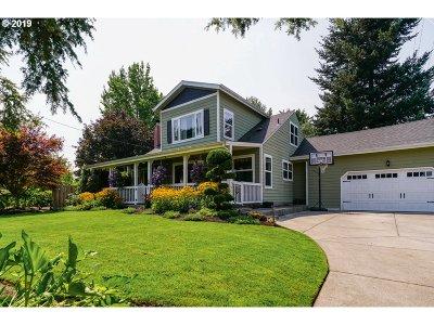 Salem Single Family Home For Sale: 3199 Willamette Dr N
