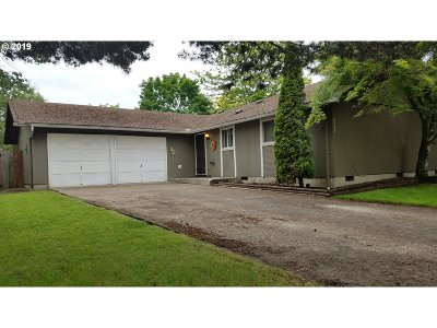 Eugene Single Family Home For Sale: 3752 Peppertree Dr