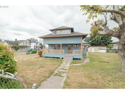 Cowlitz County Single Family Home For Sale: 201 NW 1st Ave