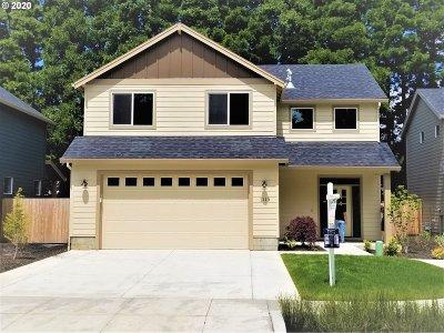 Gresham Single Family Home For Sale: 1113 NE 17th Ter