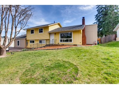 Beaverton Single Family Home For Sale: 7060 SW 189th Ave
