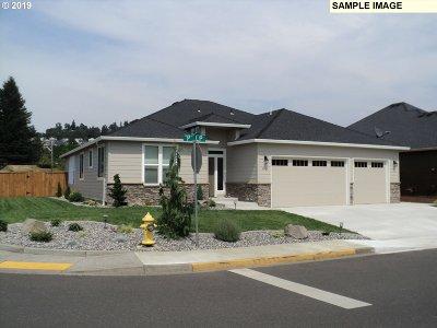 Stevenson Single Family Home For Sale: 151 NE Lower Basso Cir