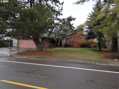 McMinnville Single Family Home For Sale: 715 NW Baker Creek Rd