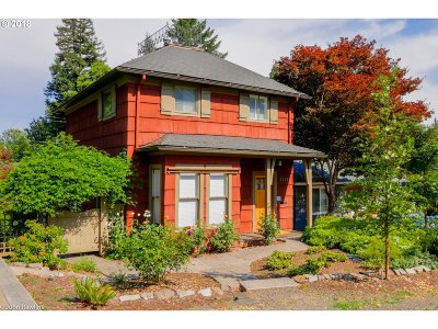 Lake Oswego Single Family Home For Sale: 435 7th St