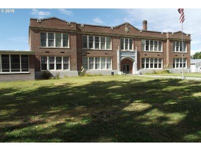 Umatilla County Single Family Home For Sale: 600 E Coe Ave