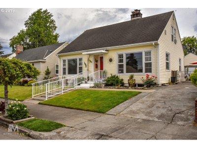 Portland Single Family Home For Sale: 1816 NE Saratoga St