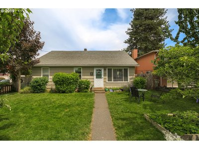 Single Family Home For Sale: 4480 SW 165th Ave