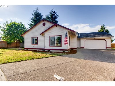 Clackamas OR Single Family Home For Sale: $375,000