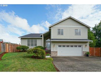 Oregon City, Beavercreek, Molalla, Mulino Single Family Home For Sale: 19312 Gentry Highlands Ln