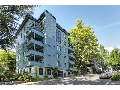 Portland Condo/Townhouse For Sale: 2024 SW Howards Way #307