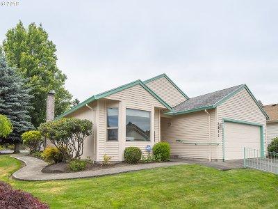 Multnomah County Single Family Home For Sale: 2242 NE 158th Ave