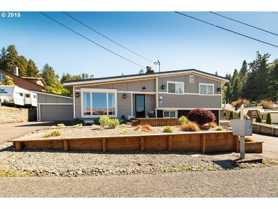 Coos Bay Single Family Home For Sale: 1620 Bayview Dr