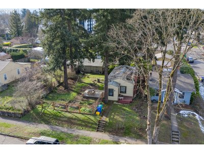 Portland Single Family Home For Sale: 6837 N Montana Ave