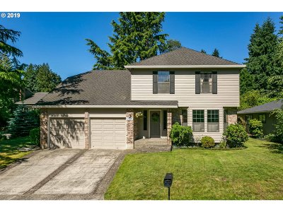 Tigard Single Family Home For Sale: 9335 SW View Terrace