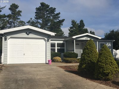 Florence Single Family Home Pending: 1679 N Siano Loop