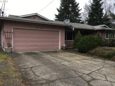 Portland Single Family Home For Sale: 6753 SE 134th Ave