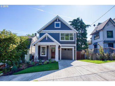 Portland Single Family Home For Sale: 36 SE 69th Ave