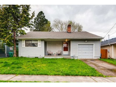 Single Family Home For Sale: 8423 N Druid Ave