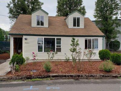 Portland Single Family Home For Sale: 9521 NE Gertz Cir