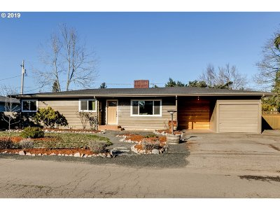 Eugene Single Family Home For Sale: 2169 Lamar Ln