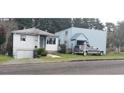 Coos Bay Single Family Home For Sale: 303/317 N Cammann