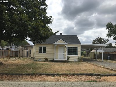 Springfield Single Family Home For Sale: 4235 Camellia St