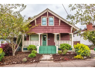 Single Family Home For Sale: 4227 SE Gladstone St