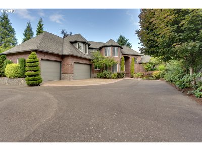 Beaverton Single Family Home For Sale: 8557 SW Sorrento Rd