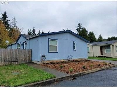 Single Family Home For Sale: 5200 SE 132nd Ave