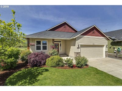 Forest Grove Single Family Home For Sale: 2950 Cleo St