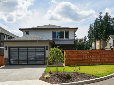 Clackamas Single Family Home For Sale: 14744 SE Crosswater Way