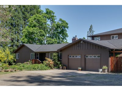Single Family Home For Sale: 82923 Bear Creek Rd