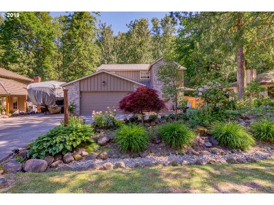 Clackamas County Single Family Home For Sale: 65547 E Alpine Way