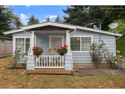 Milwaukie, Gladstone Single Family Home For Sale: 9675 SE 42nd Ave SE