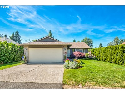 Oregon City OR Single Family Home For Sale: $324,999