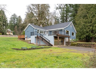 Portland Single Family Home For Sale: 8815 NW Shepard St