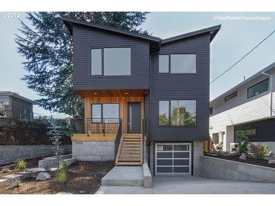 Single Family Home For Sale: 2090 NE Morgan St