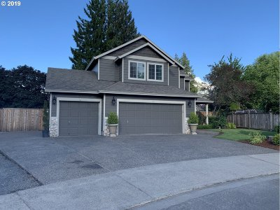 Oregon City Single Family Home For Sale: 12717 Roman Ct