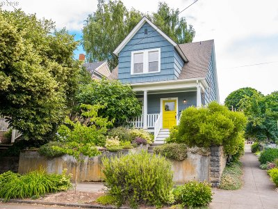 Portland Single Family Home For Sale: 2836 SE 25th Ave