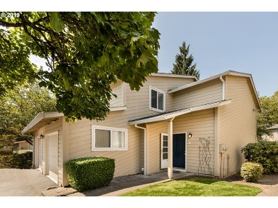 Wilsonville Condo/Townhouse For Sale: 29530 SW Volley St #25