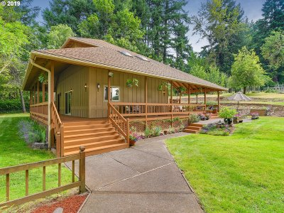 Clackamas County Single Family Home For Sale: 17212 S McCubbin Rd
