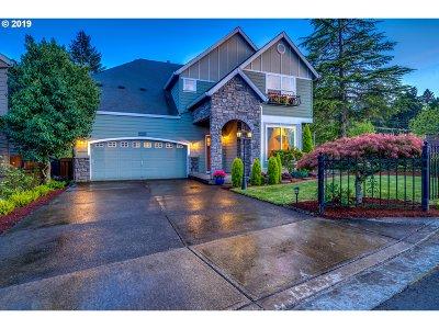 Hillsboro Single Family Home For Sale: 102 NE 63rd Ave
